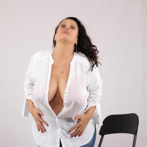 Female escort Milf Pearl | Dubai Escorts Club